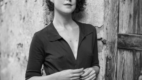 Lucía Carballal, una dramaturga atenta a la actualidad de lo ambiguo, lo sutil y lo íntimo