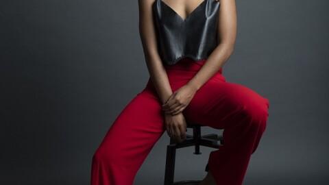 Fela Dominguez, la cantante preparada para asumir lo que venga
