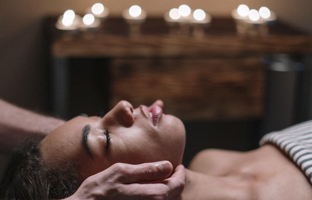 Eliminar tensiones con gimnasia facial